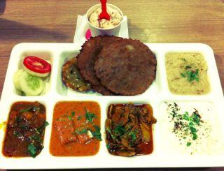 Nirulas-thali_article